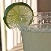 Sumo para a Anemia ( a base de limão com gengibre)