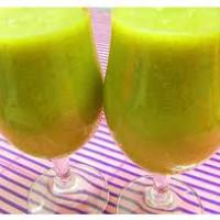 Sumo anti-envelhecimento (a base de cenoura,kiwi,água-de-côco)